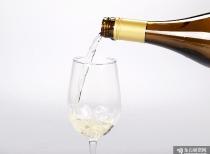 """白酒股""""王者歸來"""" 本周頻創歷史新高 次高端白酒股迎來新一輪景氣周期?"""