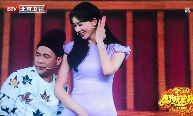 北京卫视是怎么把吴秀波P掉的