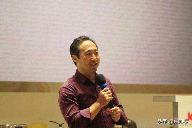 济南老师辞职创业,造出世界第一台豆浆机!年销1亿台,收入59亿