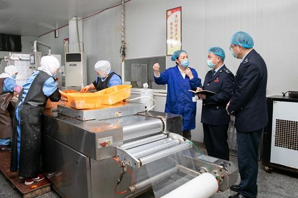 重庆:个性化纳税服务助力企业复工复产