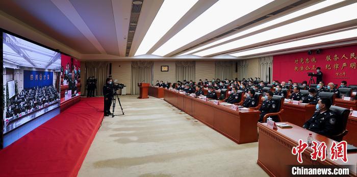 川渝警方将开展22项合作 助推双城经济圈建设