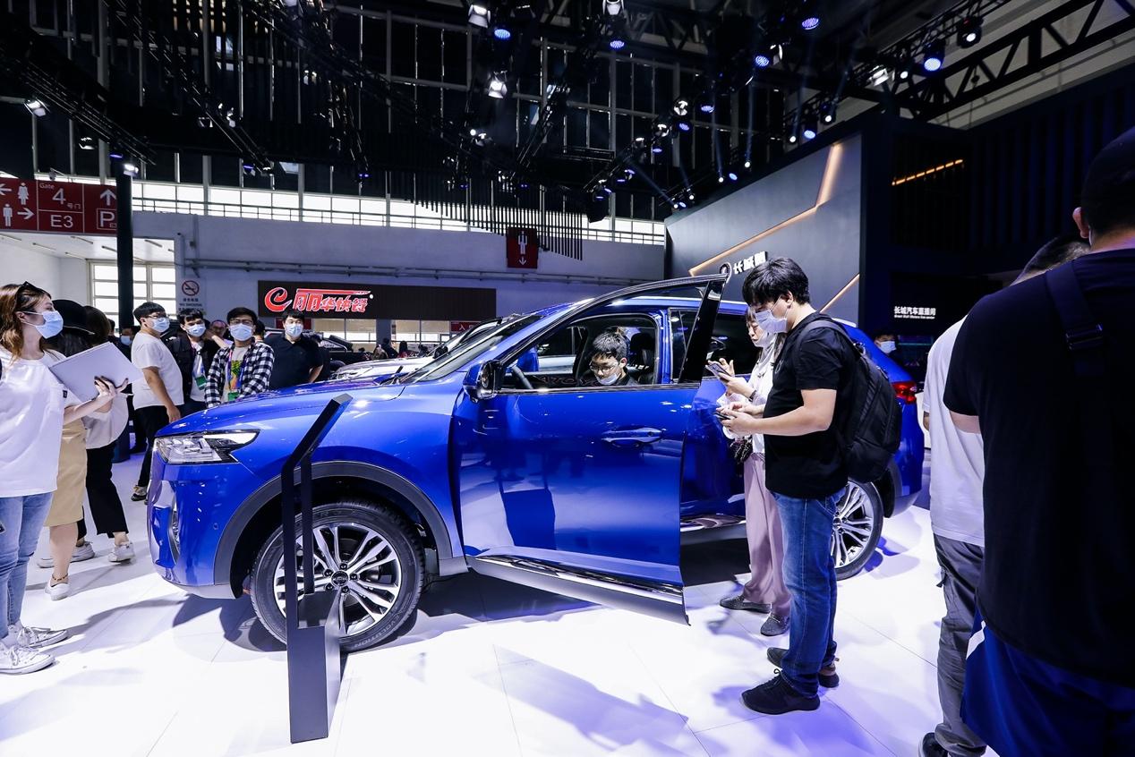 北京车展开幕第一天就上热搜!2021款哈弗F7引来赞誉无数