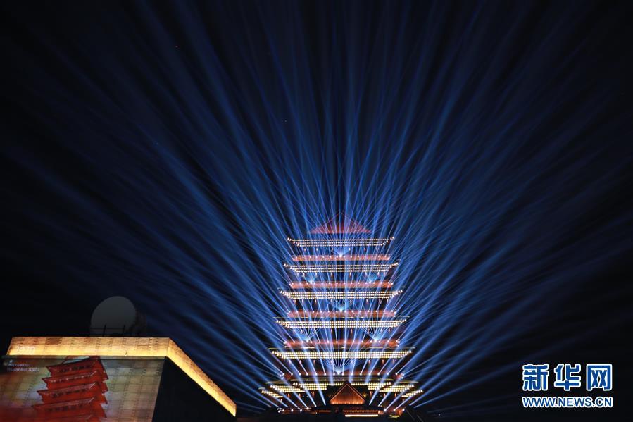 (社会)(6)兰州:黄河楼点亮黄河之滨新坐标