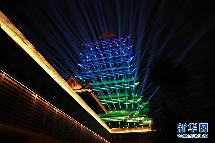 (社会)(5)兰州:黄河楼点亮黄河之滨新坐标