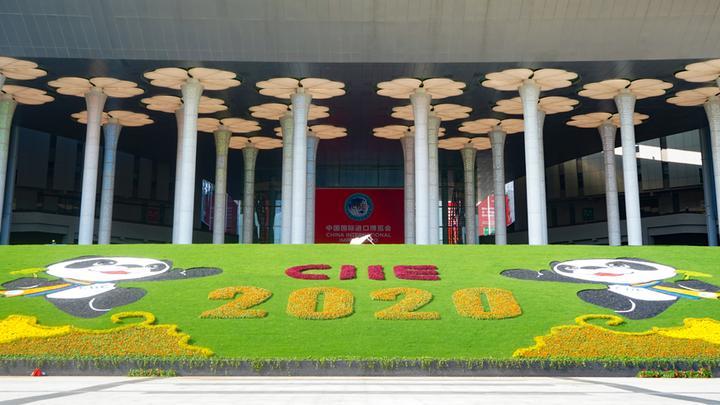 """4万多浙江""""采购军""""吹响了第三届世博会开幕式的组装号"""