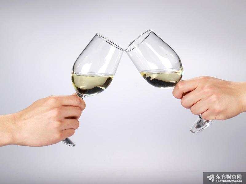你以为茅台只做白酒那你就错了 它还是投资小能手