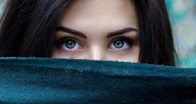 """离治疗失明更近一步:科学家发现新的基因载体 不用再给视网膜""""扎针"""""""