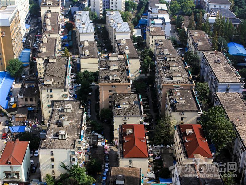 """一天之内链家上海2万多套二手房""""不见了"""" 究竟发生了什么?"""
