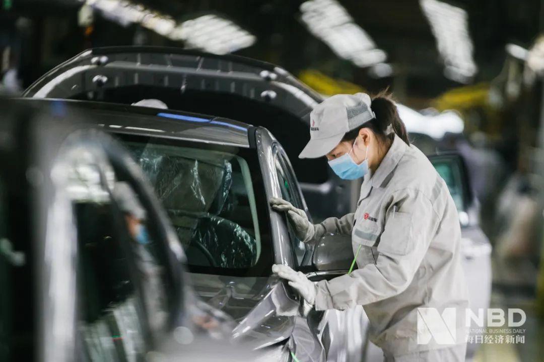 芯片短缺引发风暴:半导体制造商正计划第二轮提价,汽车原始设备制造商正在寻求索赔