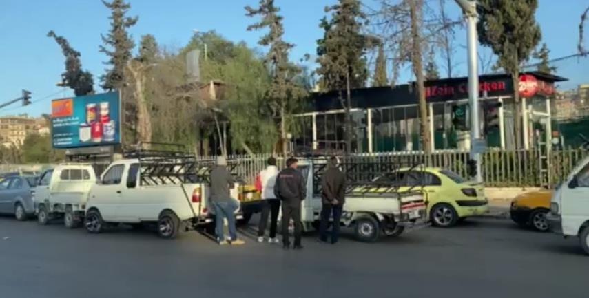 苏伊士运河堵塞加重叙利亚燃油危机