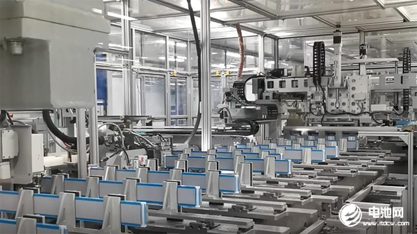 新能源汽车市场的崛起在市场前景上仍在逐步恢复锂铁电池的装机容量